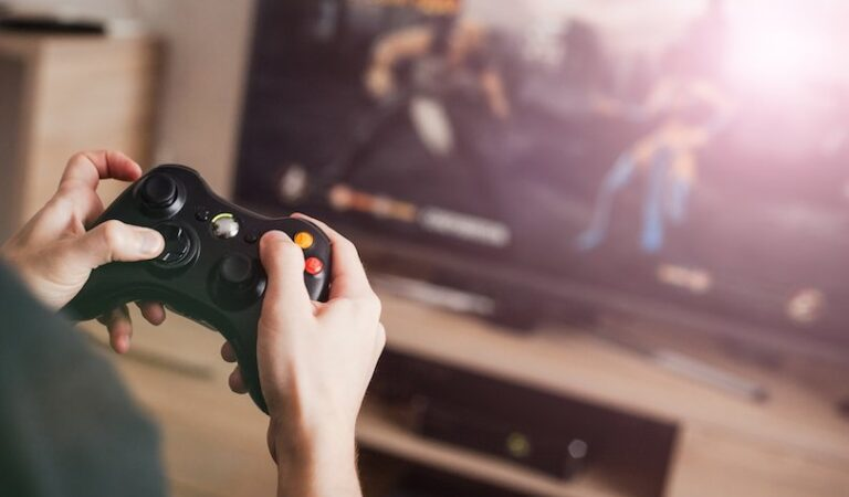 Need To Manage Your Daily Stress? Play Video Game